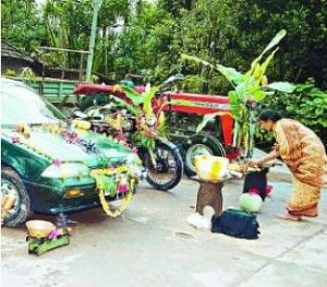 Ayudha pooja done for all kinds of tools, vehicles and instruments as part of the festival